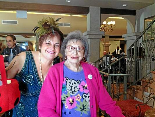 Bonnie barchichat with her mother, Yetta Schachter.